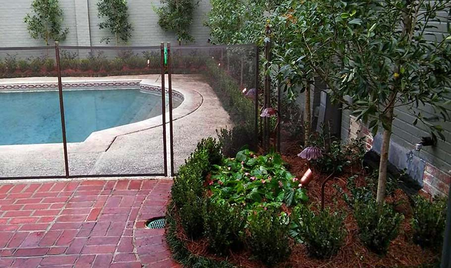 Garden District poolside landscaping companies